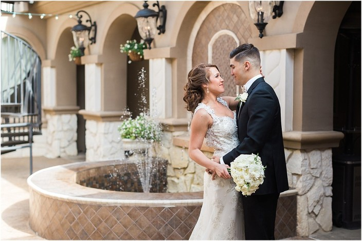 10piazza-in-the-village-wedding-dallas-wedding-photographer