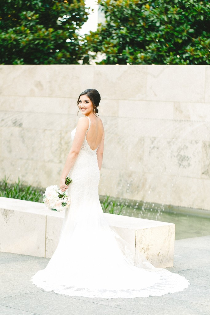 dallas-wedding-photographer-nasher-sculpture-center-bridal-session-www.katepease.com_0008